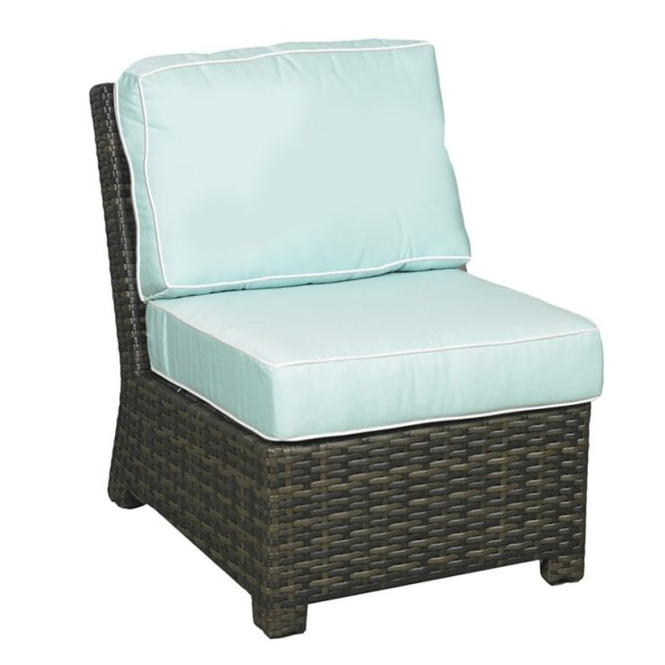 Lakeside Wicker Middle Chair