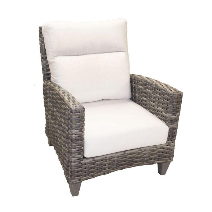 Grand Stafford Wicker Lounge Chair