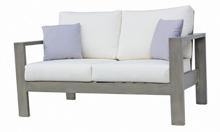Park Lane Love Seat by Ratana