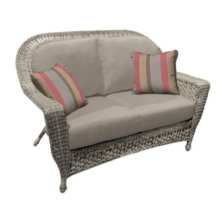 Georgetown Wicker Loveseat