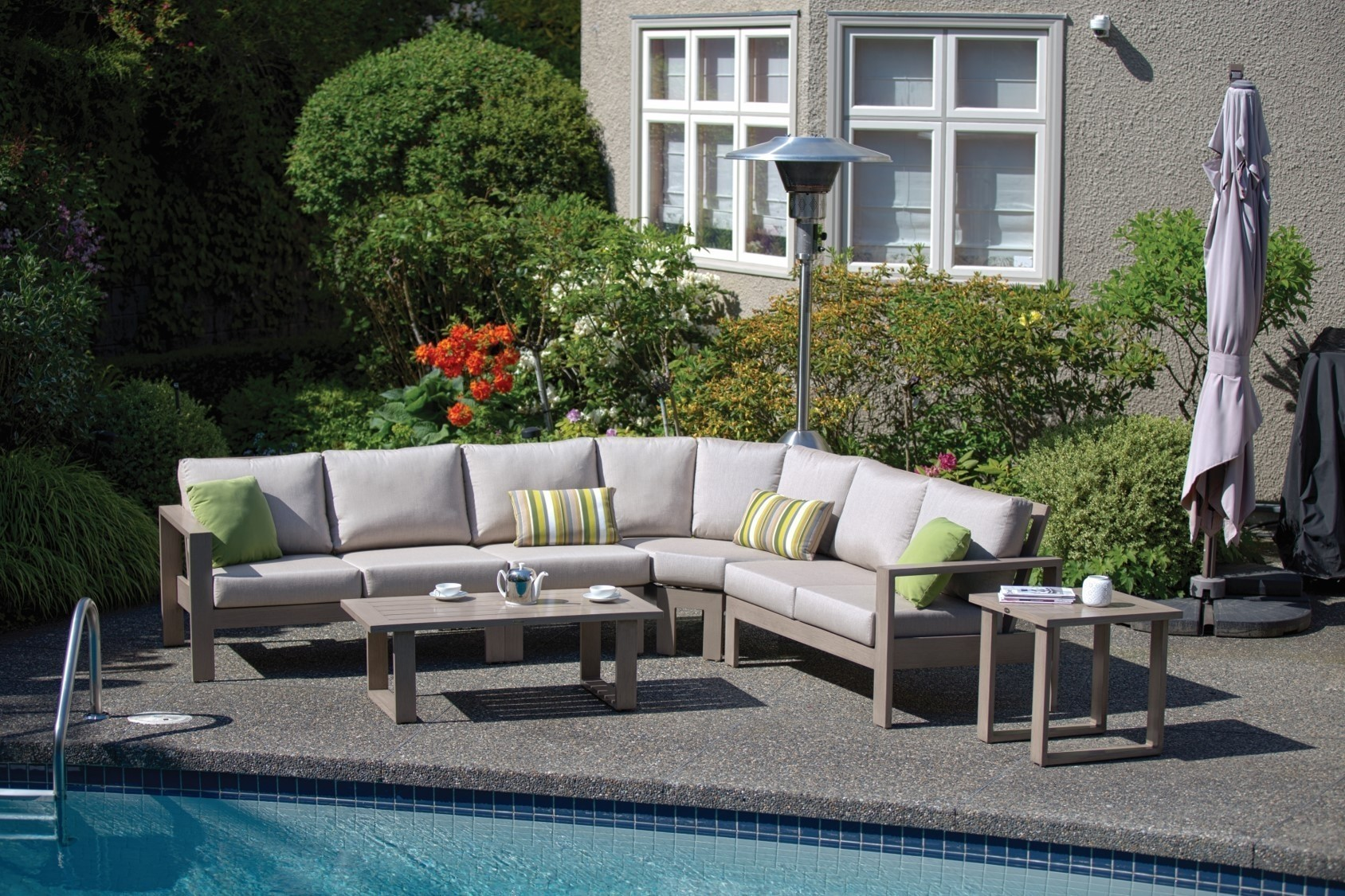 River North Sectional - 3 piece [chair w/o arm not included]