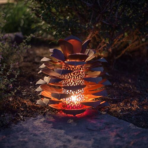 Indoor/Outdoof Steel Pine Cone Luminary