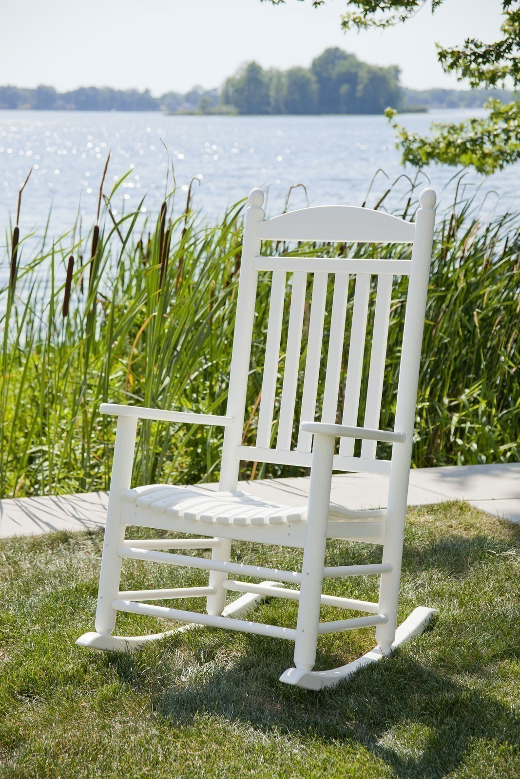 jefferson recycled plastic rocker chair  live white